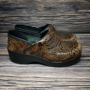 Dansko Brown Tooled Leather Professional Clogs 37